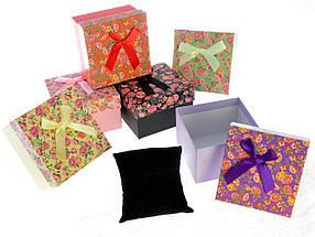 Подарочная упаковка Цветы 9х9х5,5 см