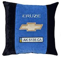 Подушка з логотипом Chevrolet шевроле
