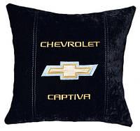 Подушка автомобильная декоративная  с вышивкой Chevrolet