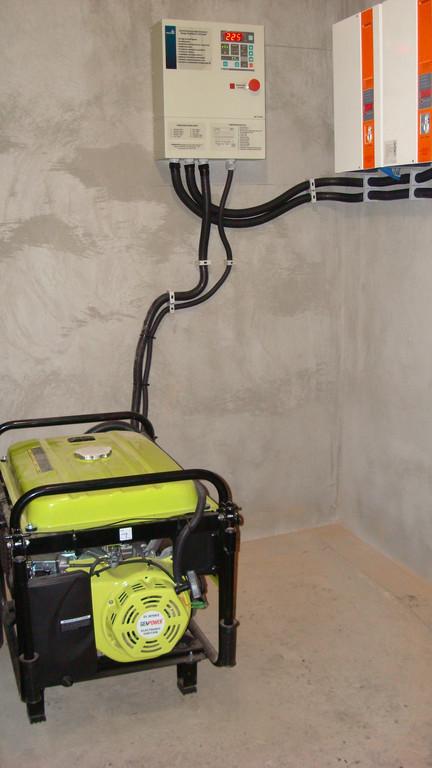 Бензиновый генератор 5,5 кВт + АВР+стабилизаторы