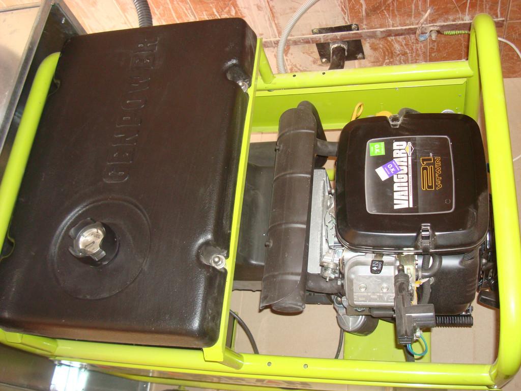 Бензиновый генератор 10 кВт+ АВР