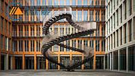 В Мюнхене установили бесконечную лестницу