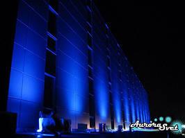 Фасадная подсветка магазинов, торговых центров. LED освещение. Светодиодное освещение.