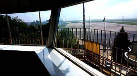 Тонировка пленкой башни управления полетов 1