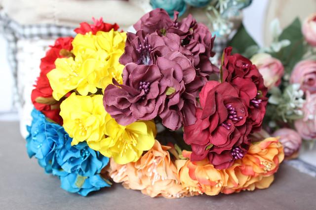 Цветы из ткани на ножке оптом