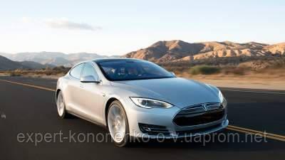 Автомобили Tesla проехали с автопилотом более 160 млн километров