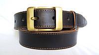 """Кожаный ремень 35 мм чёрный гладкий прошитый коричневой ниткой коричневые края пряжка """"качеля"""" латунь"""