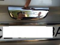 Renault Trafic накладка на зад. ручку распашонка нерж