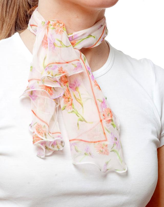 Нежный шейный платок 60*60  (61043) 2