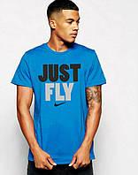 Яркая стильная футболка c принтом синяя