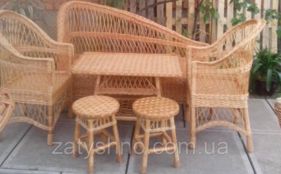 Комплект плетеной мебели из лозы для ресторана