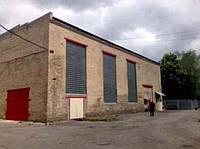 Склад кирпичный для хранения или производства : площадь 323 кв. м. потолки 10 метров,  объем 2500 куб.м.  Сухо