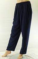"""Женские брюки """"Штапель"""" синие, 54-58 размер"""