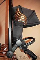 Изысканное творение креативного директора дома моды Moschino в Милане - коляска Cybex Priam by Jeremy Scott