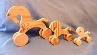Лошадка декоративная маленькая на колесиках, 10х9см