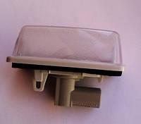 Подсветка номерной таблички в сборе Toyota Corolla 2000-07