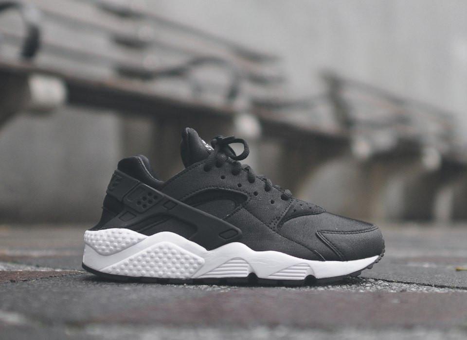 Кроссовки Nike Huarache Black-White