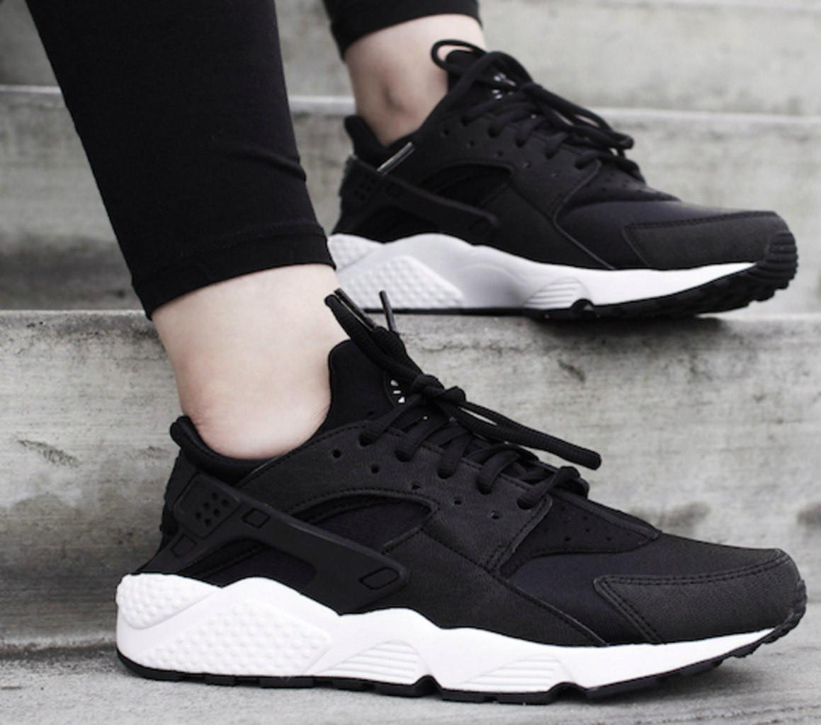 Кроссовки Nike Huarache.