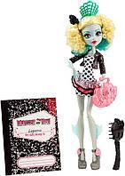 Кукла монстер хай Лагуна Блю из серии Монстры по обмену.