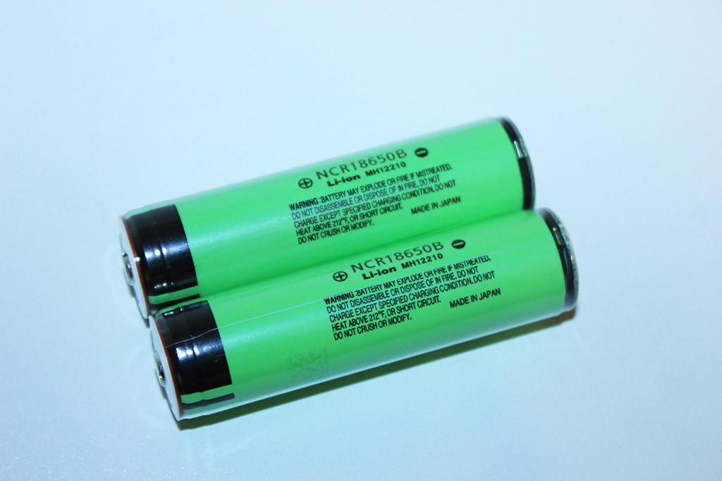 Высококачественный аккумулятор Panasonic NCR18650B 3400mah 3.7V с защитой+Подарок Бокс для аккамуляторов