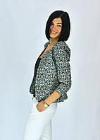 Модный короткий женский пиджак