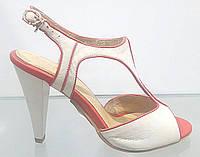 Босоножки женские Brocoli бежево-розовые из натуральной кожи на каблуке, женские босоножки