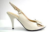 Босоножки женские Canna белые из натуральной кожи на каблуке, женские босоножки