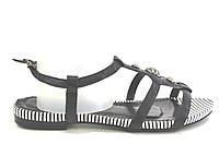 Босоножки женские Vallens черные без каблука