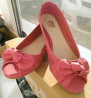 Яркие туфли-балетки, 40 р