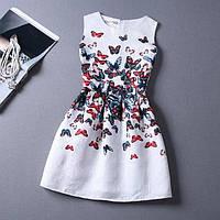 Белое коктейльное платье с бабочками короткое