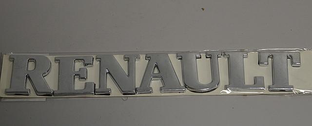 """Надпись """"RENAULT"""" на Renault Trafic 2001->  —  Турция"""