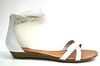 Босоножки женские Canna белые из натуральной кожи без каблука, женские босоножки