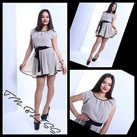 Шифоновое платье с контрастным поясом и окантовкой