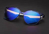 Cолнцезащитные женские очки Queen College