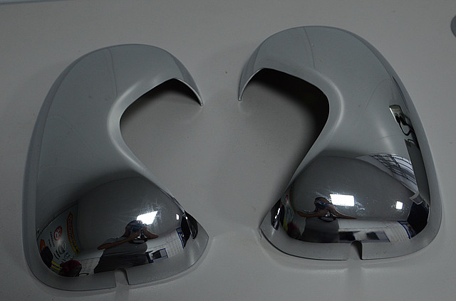 Накладки на зеркала пластик на Renault Trafic / Opel Vivaro 2001->  —  Турция