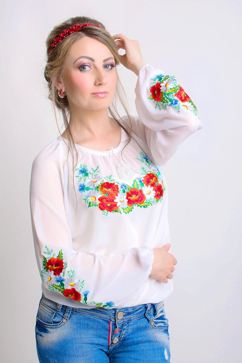 Очень красивая женская вышитая блуза