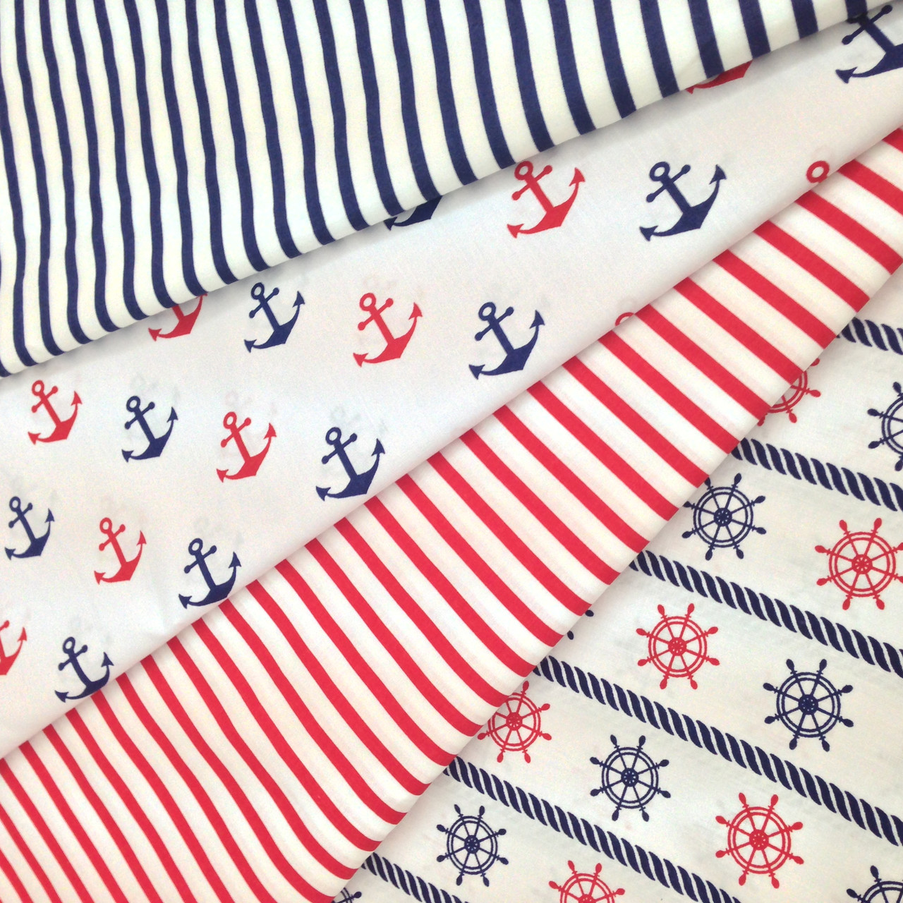 Хлопковая ткань цветная (ткани компаньоны только для примера, не для заказа)