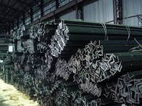 Уголок стальной горячекатаный 160х160х10мм ст.3пс