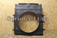 Диффузор радиатора MB Sprinter 06- OM651