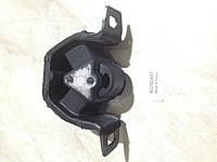 Левая подушка двигателя Ланос 1.5, 1.6  90250437