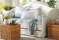 Кровать одноярусная Алиса с ящикам во всю длину (массив дерева)