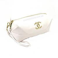"""Косметичка женская для сумки белая """"Chanel"""" из искусственной зернистой кожи"""