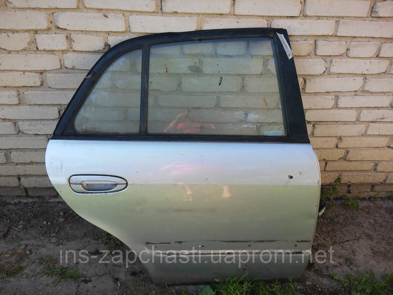 Дверь задняя правая Mazda 626 седан 1998-2002