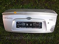 Крышка багажника Kia Cerato седан 2005-2006