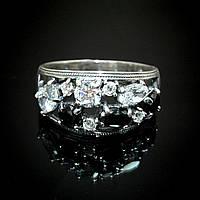 Серебряное кольцо с из черными и прозрачными фианитами, 10 камней
