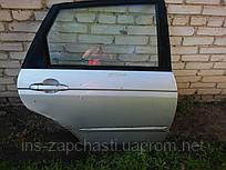 Дверь правая задняя Kia Cerato хетчбек 2005-2006