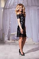 Кожаное чёрное платье со змейкой сзади и открытыми плечами. Арт-5736/57