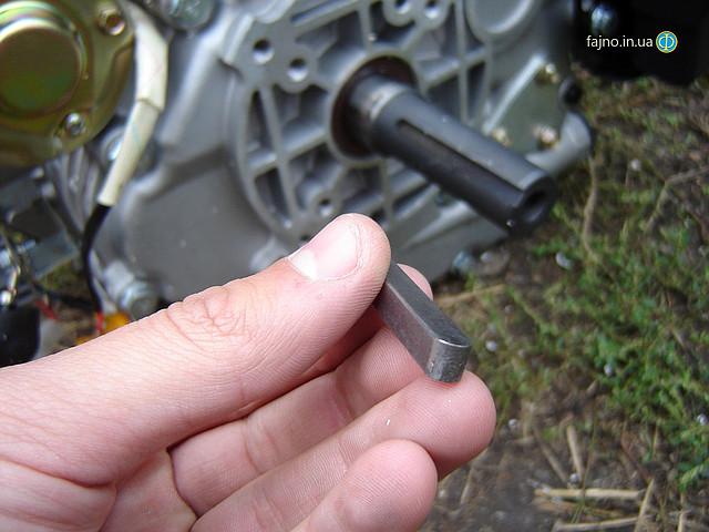 Дизельный двигатель Sadko DE-300E, 6 л.с., с электростартером, вал под шпонку