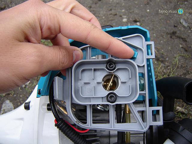 Мотокоса Sadko GTR-430N - дроссельная заслонка фото 7
