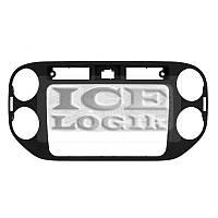 Переходная рамка для Volkswagen Tiguan 2013-14 г.в. для RCD510, RNS510, RCD310, RNS310, RNS315 (черн